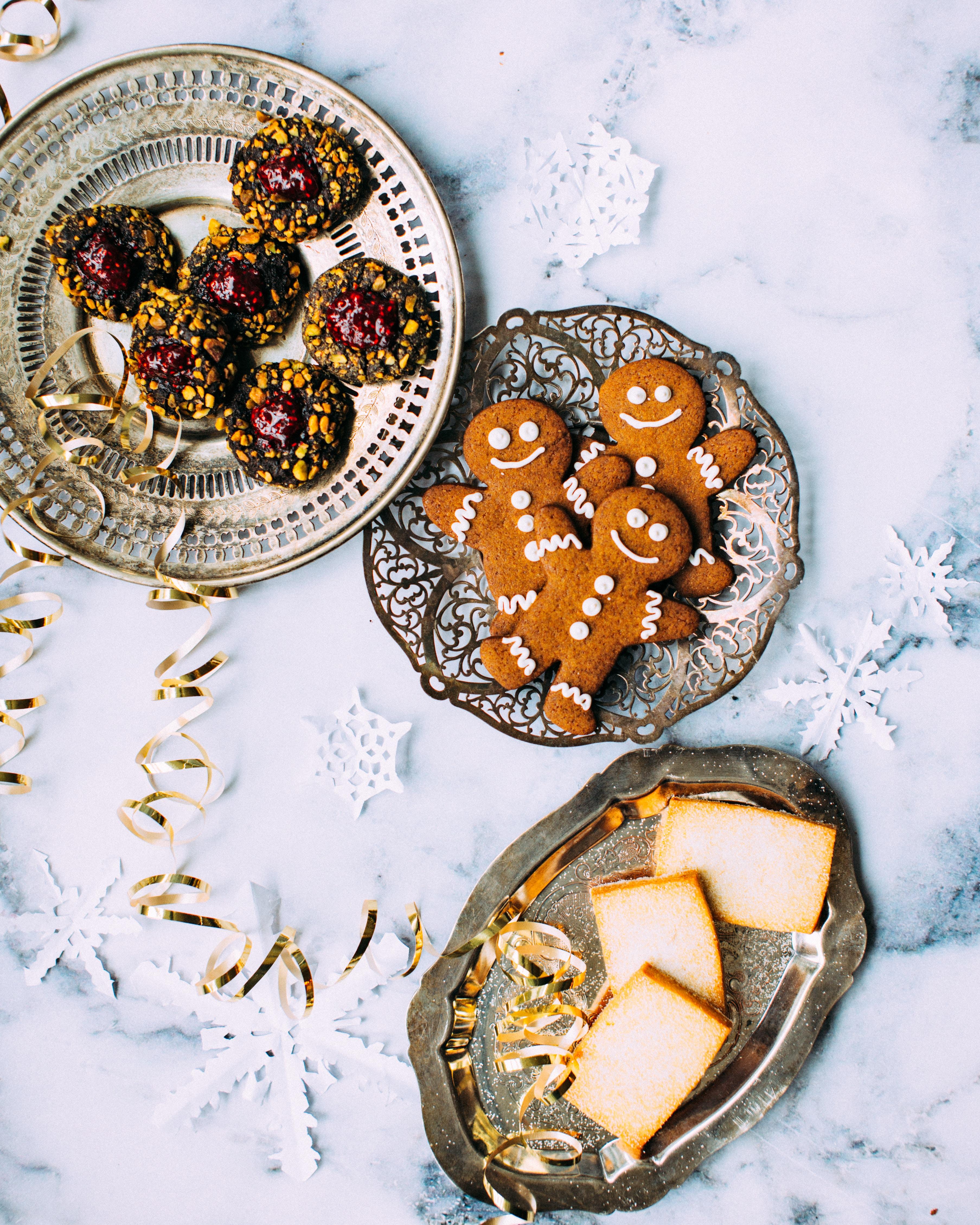 """Kolumne Charoline Bauer """"Das große Fressen zu Weihnachten"""" für Bluewin"""